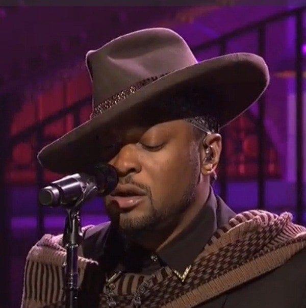 La performance live de D'Angelo au SNL